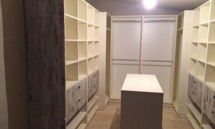 Vestavěné skříně 25