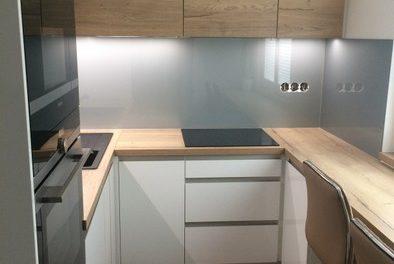 Kuchyně 56